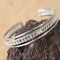 Filigree Illusion from @NOVICA, They help #artisans succeed worldwide.