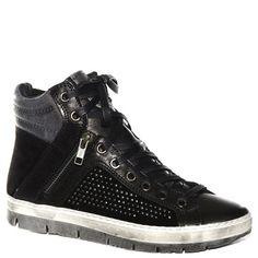 #Sneaker #Khrio in camoscio e pelle nera con borchie http://www.tentazioneshop.it/scarpe-khrio/sneaker-24762-nero-khrio.html