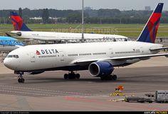 N861DA Delta Boeing 777-200ER