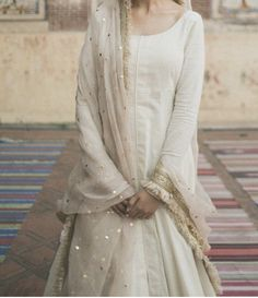 Wedding Dresses For Girls, Indian Wedding Outfits, Bridal Outfits, Indian Outfits, Pakistani Bridal Dresses, Pakistani Dress Design, Pakistani Outfits, Pakistani Fashion Casual, Indian Fashion
