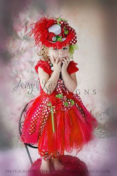 Cindy Lou Who Christmas set Chiffon and Lace by ANGELKISSEDDESIGNS Whoville Costumes, Tutu Costumes, Costume Ideas, Christmas Parade Floats, Grinch Christmas Party, Christmas Dresses, Christmas Costumes, Kid Pictures, Tutu Tutorial