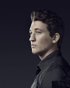 An amazing actor. He makes the best choices and immerses himself. Respected and perhaps underrated. I willingly (will) see any movie he's in. Divergent Funny, Divergent Series, Peter Divergent, Divergent Fandom, Hot Actors, Actors & Actresses, Allegiant Movie, Insurgent Quotes, Divergent Quotes