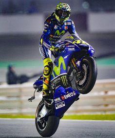 """89.2 mil Me gusta, 298 comentarios - MotoGP (@motogp) en Instagram: """"#WheelieWednesday // @valeyellow46"""""""