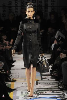 Prada Fall 2010 Ready-to-Wear Fashion Show - Tati Cotliar