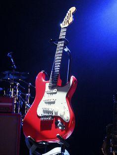 Fender Mark Knopfler Stratocaster - Hot Rod Red black strat images guitar
