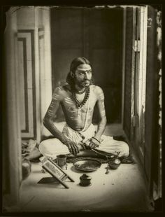 les-sources-du-nil: Ram Singh II Maharaja of Jaipur Self Portrait, 1856 Rare Photos, Vintage Photographs, Old Photos, Om Namah Shivaya, Indian Prince, Contexto Social, Yoga India, Duleep Singh, Royal Indian