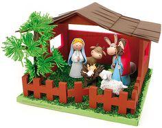 Oi Meninas,     Para aquelas que já se preparam para as decorações de Natal, vim compartilhar este lindo presépio em EVA... me apaixonei p...
