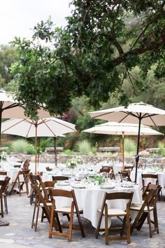 Reception Tables White Linen Wood Chairs Tall Umbrellas | Centerville-Estate-Wedding-Photographer-Chico-California-TréCreative