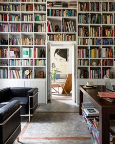 Consider this a book lover's paradise. | Photo: @ricardolabougle; Design: @eva.claessens and Kris Ghesquière #interiordesign #instahome #instadecor Charles & Ray Eames, Book Nooks, Library Inspiration, Bookshelf Inspiration, Elle Decor, Library Bookshelves, Bookcases, Bedroom Bookcase, Bookcase Wall