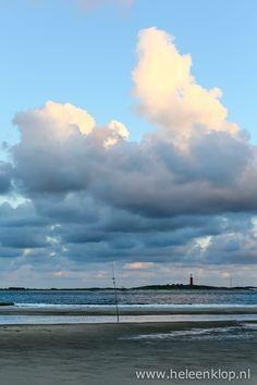 Dagfoto: vuurtoren van Texel vanaf Vlieland - HELEEN KLOP fotografie - Utrecht