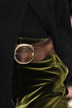 Ralph Lauren at New York Fashion Week Fall 2010 : ralph lauren - love the contrast between rich green velvet skirt and worn leather belt and rustic knit Look Fashion, Fashion Details, Winter Fashion, Womens Fashion, Fashion Tips, New York Fashion, Mein Style, Velvet Skirt, Velvet Pants