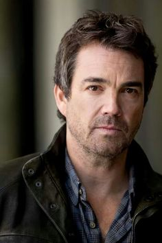 Jon Tenney of Major Crimes