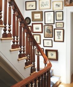 The landing of your stairs is the perfect location for a floor-to-ceiling gallery wall. --- say, maybe the stairs to the basement as a family tree gallery wall. Hanging Artwork, Hanging Pictures, Hang Photos, Inspiration Wall, Wonderwall, Picture Wall, Picture Frames, Decorating Tips, Sweet Home