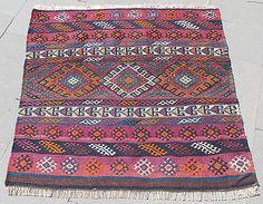Turkish-Kilim-Rug-37-039-039-x37-039-039-Hand-Woven-Cankiri-Cicim-Kilim-95x96cm