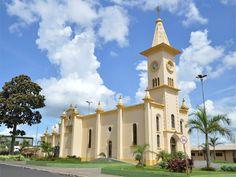 Igreja Matriz da cidade de Brodowski, estado de São Paulo, Brasil.