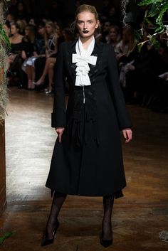 Giles - Fall 2015 Ready-to-Wear - Look 2 of 30 Glad to see the lovely Lily Donaldson back on the catwalk.