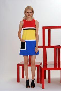 Lisa Perry RTW Spring 2016. [Photo: Courtesy] Fashion Week, New York Fashion, Runway Fashion, Spring Fashion, High Fashion, Fashion Show, Fashion Design, Fashion Fashion, Mode Baroque