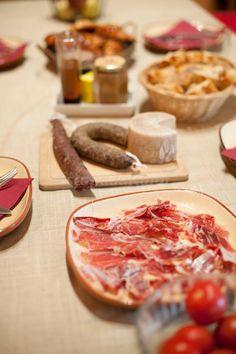 Fotos de El Palauet de la Muralla - Casa rural en Balaguer (Lleida) http://www.escapadarural.com/casa-rural/lleida/palauet-de-la-muralla/fotos#p=5659fe5597a05