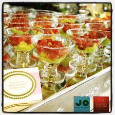 Tuna Tartar com Abacate ao Perfume de Limão Siciliano Servido na Mini Taçaa de Martini JO Decor, modelo IC359K, deixando ainda mais elegante e sofisticado - Algo tão lindo e saboroso assim, só poderia ter sido feito pela Claudia Porteiro Buffet e sua equipe!  Veja mais modelos em www.jdecor.com.br  #jodecor #jdecor #fingerfood #fingerfoods #claudiaporteiro #biancaporteiro #ta�a #martini #food #instafood #amazing #instagood #photooftheday #picoftheday #bestoftheday #dinner #lunch #breakfast …