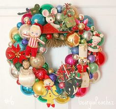 Vintage Wreath - a little crazy, but would make me smile.