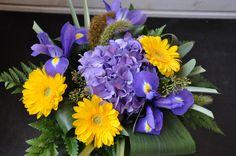 Kukkakimput Kukkakauppamme ammattilaiset loihtivat sinulle upeat kimput.