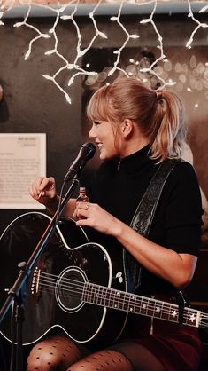 Loena's Taylor Swift images from the web Long Live Taylor Swift, Taylor Swift Quotes, Taylor Swift Fan, Taylor Swift Pictures, Taylor Alison Swift, Red Taylor, Taylor Swift Concert, Young Taylor Swift, Taylor Swift Posters