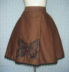 Simple work skirt.  Great color, nice steampunk detail.