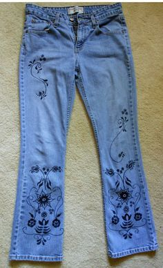Henna Painted Jeans Upcycled Tattooed Levi Strauss Signature Misses 6 M Women's Juniors Boho on Etsy, $20.00