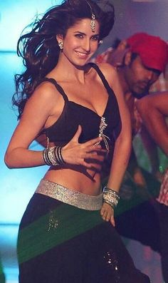 Katrina in Black Bra -> Katrina Kaif Bollywood Actress Hot Photos, Beautiful Bollywood Actress, Beautiful Actresses, Bollywood Images, Katrina Pic, Katrina Kaif Photo, Indian Celebrities, Bollywood Celebrities, Hot Actresses