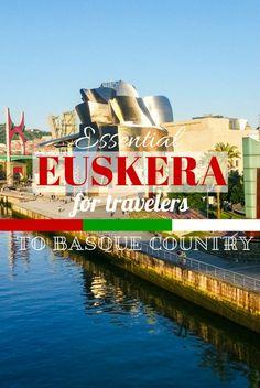 Frases en euskera esenciales para viajeros en el País Vasco