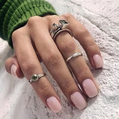 Want some ideas for wedding nail polish designs? This article is a collection of our favorite nail polish designs for your special day. Light Pink Nails, Bright Nails, White Nails, Colorful Nails, Nail Polish Designs, Acrylic Nail Designs, Nail Art Designs, Gel Nails At Home, My Nails