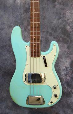 1962 Precision bass Fender Bass Guitar, Fender Electric Guitar, Fender Guitars, Vintage Bass, Vintage Guitars, Jaco Pastorius, Fender Bender, Fender Precision Bass, Double Bass