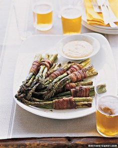 Yummy Bacon-Wrapped Asparagus Bundles with Spicy Dipping Sauce Recipe