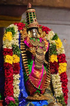 Masi magam is the most appropriate time to get rid of ego. it is tradition for the devotees who had prayed the asking for certain favors and after it is accomplished. Lord Murugan Wallpapers, Lord Krishna Wallpapers, Lord Vishnu, Lord Ganesha, Rama Lord, Shiva Songs, Lord Photo, Lord Balaji, Krishna Statue