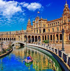Sevilla ist so wunderschön und von einer lebensfrohen Mentalität gezeichnet! Alle wichtigen Infos für eure Reise bekommt ihr hier.