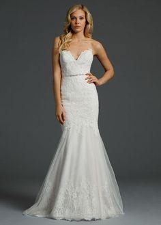 Alvina Valenta '9451' size 2 new wedding dress - Nearly Newlywed