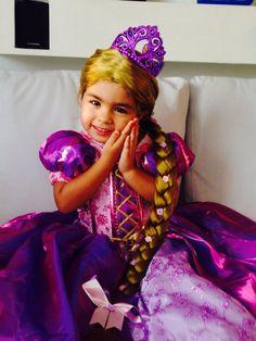 Princesa Rapunzel ,, y su traje hermoso