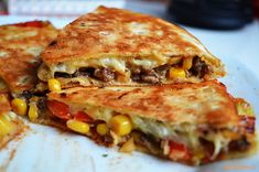 Crispy quesadillas filled with beans, sautéed onions, bell pepper, avocado and lots of cheese. These avocado black bean quesadillas are […] Great Vegetarian Meals, Vegetarian Recipes, Healthy Recipes, Easy Recipes, Mexican Food Recipes, Dinner Recipes, Ethnic Recipes, Holiday Recipes, Wraps