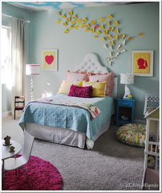 LOVE LOVE LOVE LOVE this room!!!!!  Why is it no matter what I do in my house it never looks like this?!?!????