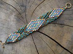 Madame Bijou: Bracelets - another nicely designed tila bead piece!
