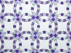Lavender and Green Double Wedding Ring Quilt Photo 3