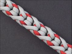 """Stitched Monkey Bar"" Paracord Weave"