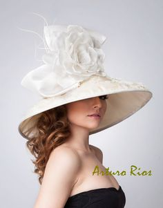 Couture Derby Hat Lampshade hat Bridal Hat Wedding by ArturoRios