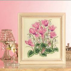 Cyclamens & snowdrops | TheMakingSpot