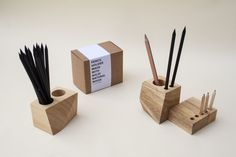 Cube_cub_octagon_design_wood_planner_agenda_stationary
