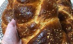 Εξαιρετικά τσουρέκια, καλοψημένα γεμάτα αρώματα και λίγα υλικά - Χρυσές Συνταγές Bread, Food, Brot, Essen, Baking, Meals, Breads, Buns, Yemek