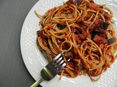Hearty Vegerian Bolognese Pasta from Ceara's Kitchen #MeatlessMonday #vegan
