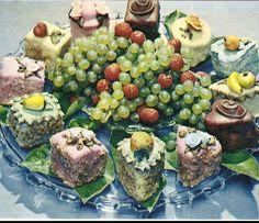 Retro Candy, Avocado Toast, Fruit, Breakfast, Food, Morning Coffee, The Fruit, Meals, Yemek