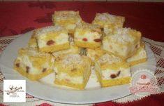 Joghurtos sütemény aszalt gyümölcsökkel