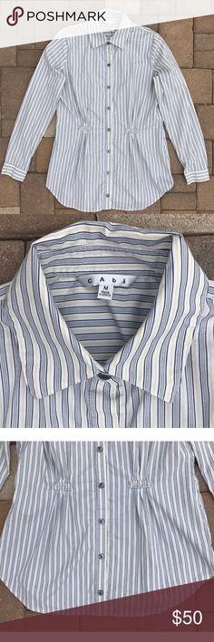 04445ee22 CAbi Pinstripe Button Down Career Shirt Medium